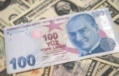 Türk lirası, gelişmekte olan ülke para birimlerini geride bıraktı