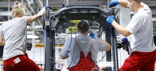 Almanya'da imalat sektörü PMI, aralıkta 34 ayın en yükseğine çıktı
